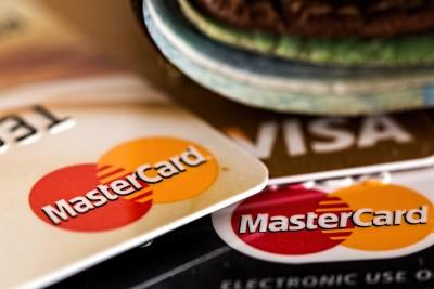 Será voluntario el pago de seguros asociados a tarjetas de crédito