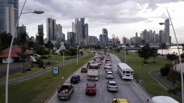 Panamá: avanza proyecto de ley de seguro obligatorio de accidentes de circulación