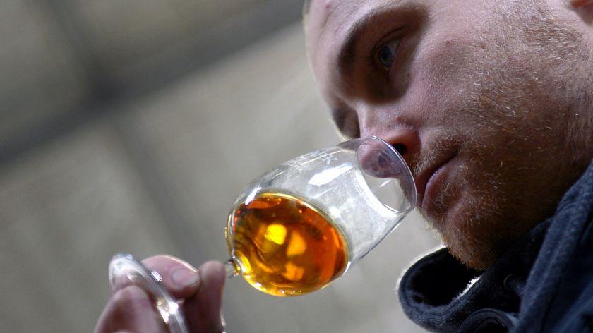 Qué nos dice el seguro al whisky sobre los súper millonarios